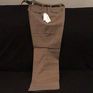 E) Women's brand new Larry Levine Petite Pants